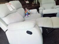Brandnew lazy boy grey recliner 2*1