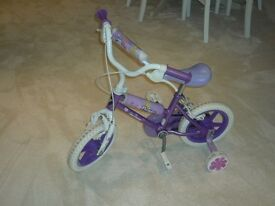 Childs bicycle suitable for a 3yr old