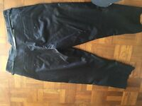 Morgan black shiny contemporary cropped trousers with belt. Size 10/12.