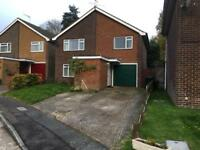 4 bedroom house to let in Kennington, Ashford