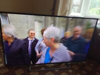 PANASONIC VIERA 49 LED TV (FAINT LINE) FREEVIEW HD/SMART/WIFI/MEDIA PLAYER/400HZ/NO OFFERS