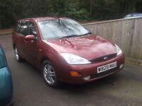 2000 ford focus zetec estate mot November 87000 miles £ 475 poss part x
