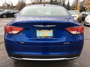 2016 Chrysler 200 Limited   BLUETOOTH   NO ACCIDENTS Kitchener / Waterloo Kitchener Area image 5