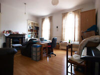 Extremely large 2/3bedroom maisonette + study in the heart of Camden seconds from MorningtonCrescent
