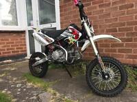 2016 Demon X 160cc Pitbike (CRF70 Size Frame) - basically new