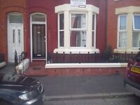 Double Bedrooms for Students Available NOW Central Location, Bills Included