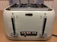 BREVILLE 4 SLICE TOASTER, BRAND NEW UNUSED WITH BOX, FULLY TESTED AND WORKING.