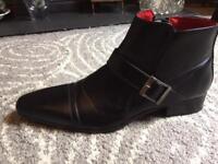 Mens shoes size 44