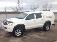 2011 TOYOTA HILUX D/C 2.5 D4-D HL2 MANUAL 4X4 WHITE ** LONG M.O.T!!! ++ MANY EXTRAS!!! **