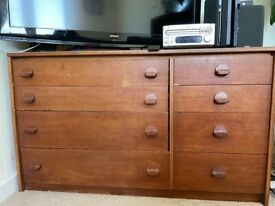 FREE** BEAUTIFUL WOODEN CHEST OF DRAWERS