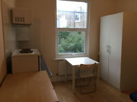 017O – FULHAM - DOUBLE STUDIO FLAT, FURNISHED, ALL BILLS INCLUDED, EXCEPT ELECTRICITY - £220 WEEK