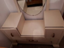 Beautiful vintage dressing table with swivel mirror