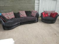 Sofa & Swivel Chairs In Excellent Condition £375 Can Deliver