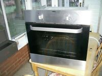 ZANUSSI FAN OVEN VGC USED ONLY TWICE