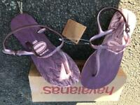 New with tags Ladies Havaianas
