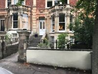 2 Bedroom furnished first floor flat on leafy Hanbury Road (Clifton)