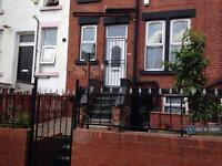 2 bedroom house in Trentham Place, Leeds, LS11 (2 bed)