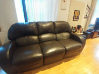 Leather recliner sofa - Perfect condition