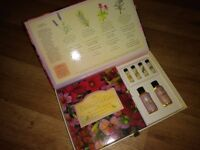 Boxed aromatherapy gift set