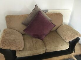 Lovely 3 & 2 seater sofa for sale. Firm cushions :-) clean and tidy.