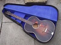 1920s ACOUSTIC GUITAR WITH ORIGINAL HARDCASE