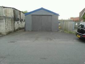 Garage to Let