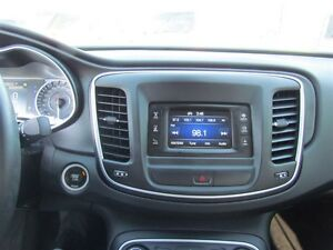 2015 Chrysler 200 Limited   HEATED POWER SEATS London Ontario image 14