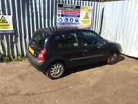 breaking for spares renault clio 1.2 2001