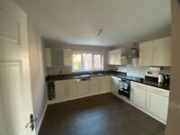 Full large kitchen with all appliances very good condition!
