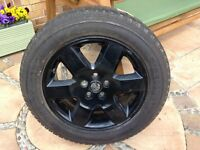 Land Rover Discovery wheel & tyre, reduced price.