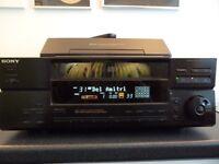 CD CHANGER INCLUDING 100 DISCS