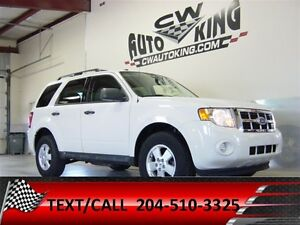 2011 Ford Escape XLT / 4x4 / Loaded / CLEAN CARPROOF