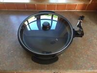 Quest electric pan brand new never been used