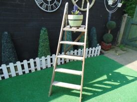 VINTAGE SOLID WOOD LADDERS VERY SOLID AND IT'S IN VERY GOOD CONDITION 38/126 cm £20