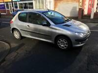 2005 peugeut 206 1.2 petrol 3dr 45k miles ideal first car excellent runner drives very well