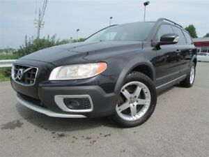 2011 Volvo XC70 3.2L V6 AWD A/C CRUISE CUIR TOIT OUVRANT!!!