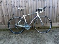 Hardly Used - Womens Giant Avail Road/Racing Bike / White / Medium