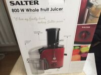 Salter 800W whole fruit Juicer