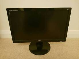 """REDUCED for Quick Sale! 19"""" LG widescreen TFT Monitor"""