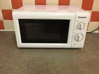Microwave - 700w - Panasonic- in good condition