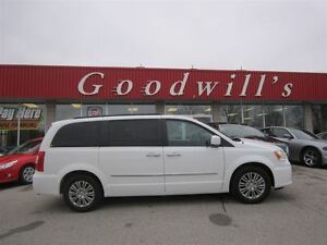 2016 Chrysler Town & Country Touring-L! NAVI! SUNROOF!