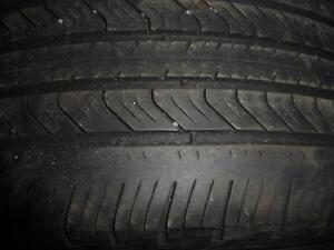 4 pneus d'été, 215/50/17, Michelin, Primacy MXV4, 50% d'usure, 5-6-7/32 de mesure.