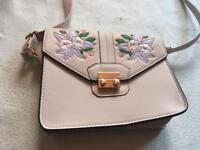 Atmosphere ladies shoulder bag beige brand new £3