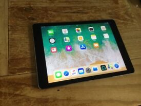 iPad Air 2 - hardly used - no scratches, marks etc