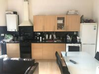 Two Bedroom First Floor Flat High Road Leyton E10 6AA To Let
