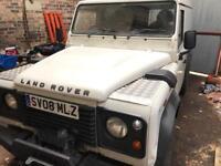 Land Rover defender puma