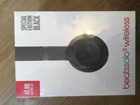 Solo 3 Wireless Headphones by Dr.Dre