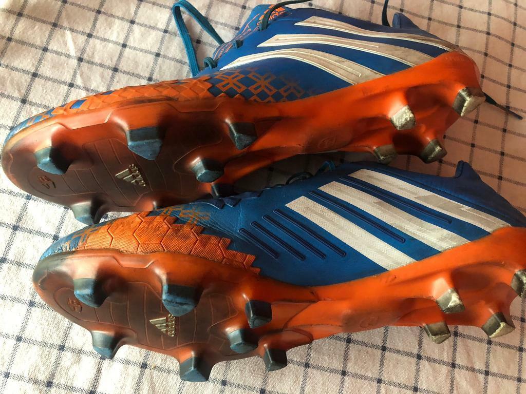 adidas noir football boots size 10