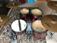 Red Pearl Export Drum Kit - Cymbals/Hardware/Drum Shells/Skins and accessories included