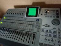 Tascam 2488 24 Track - Digital recording studio / Workstation HDD CD-RW